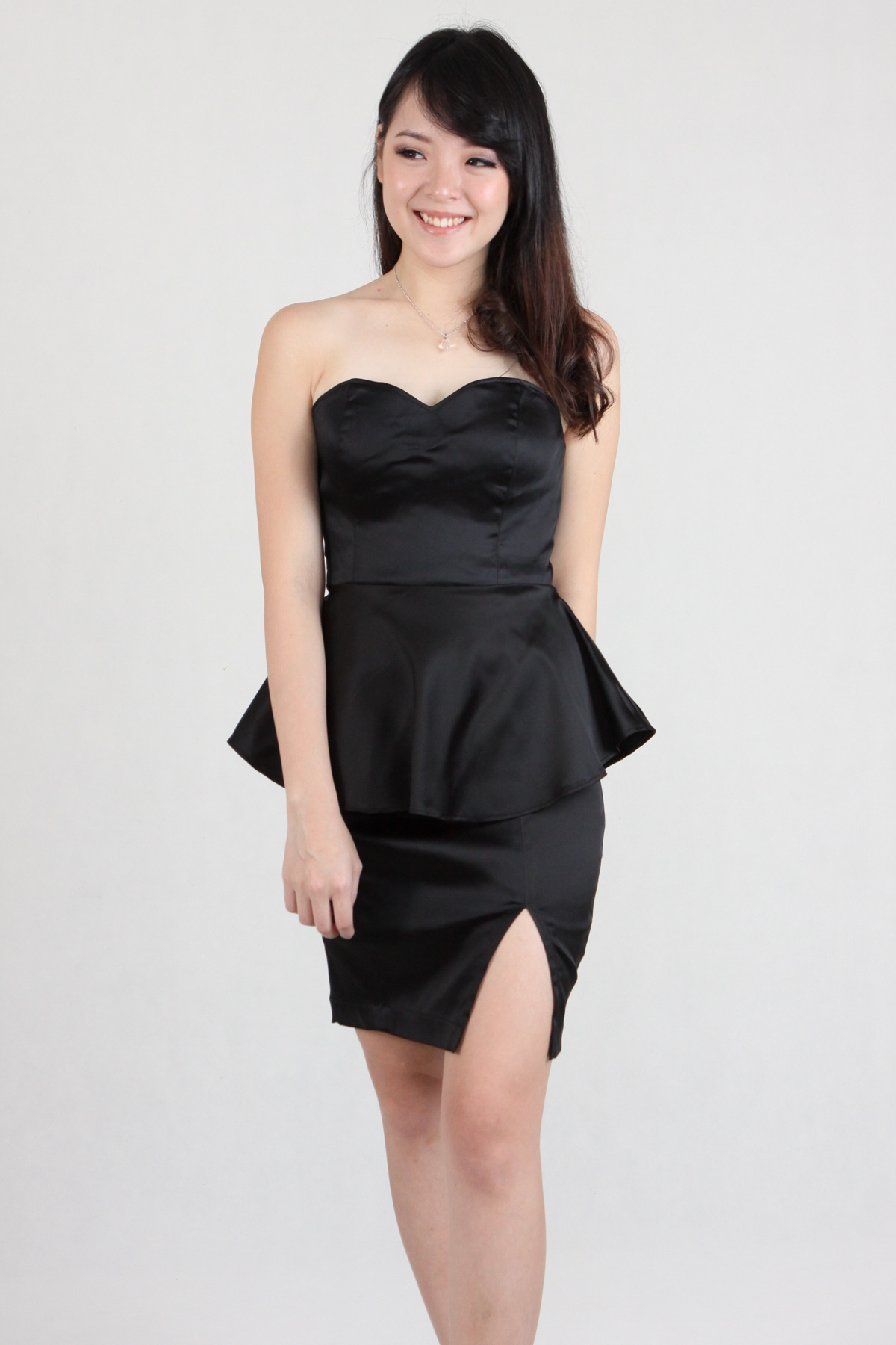 Tube Peplum Side Slit Dress in Black