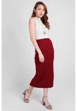 Knit Midi Skirt in Wine