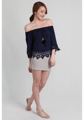 Tassel Crochet Offsie in Navy