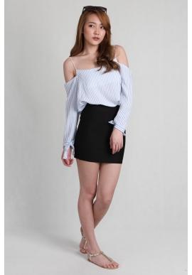 Basic Mini Skirt in Black