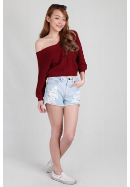 V-Neck Knit Pullover in Red