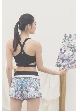 Flattering Shorts in Multicolor