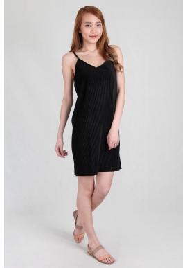 Felt Pleated Spag Dress in Black