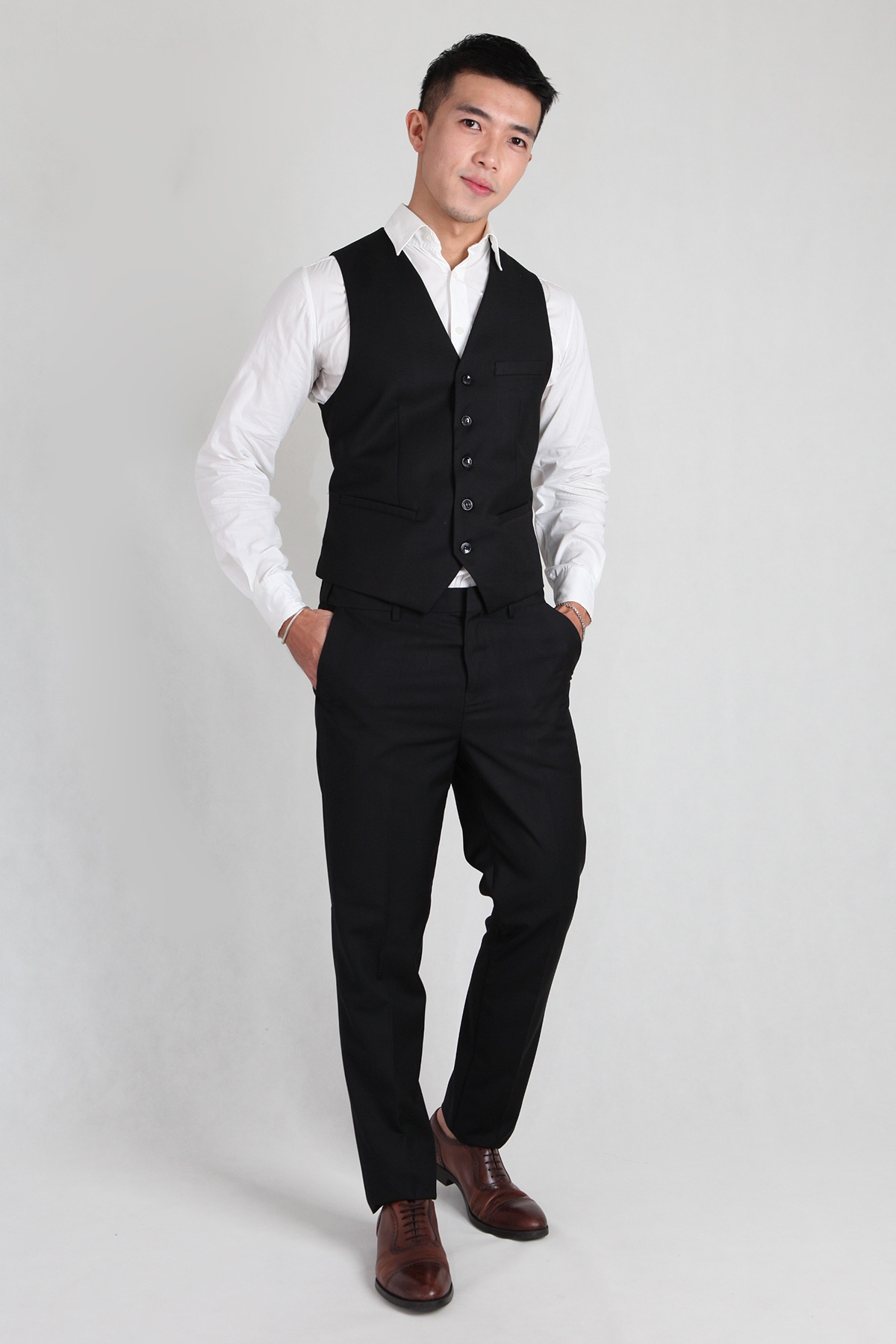 Groomsmen Vest in Black