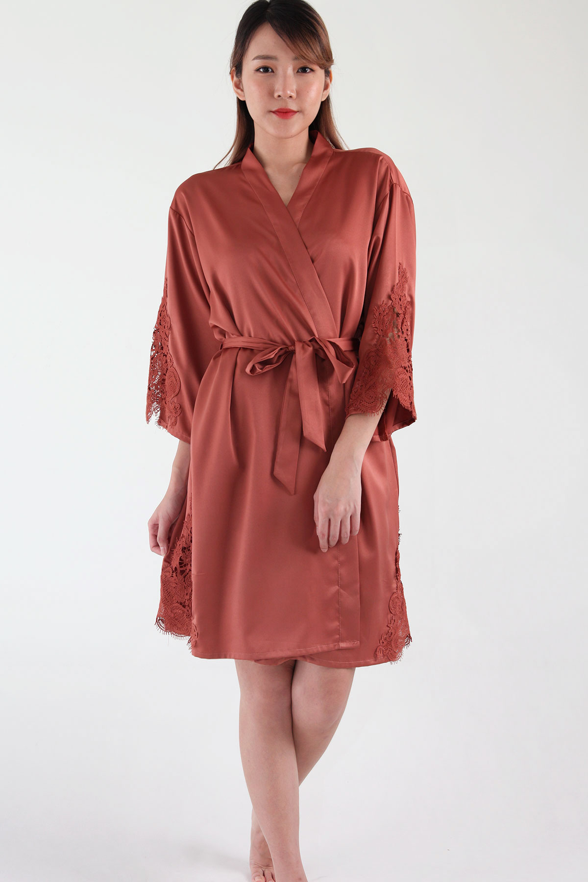 Ari Eyelash Lace Satin Robe in Teracotta